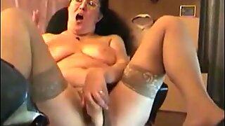 Very hot four eyes granny crazy masturbation in high heels