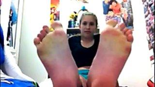 18yr old Hannah's Feet