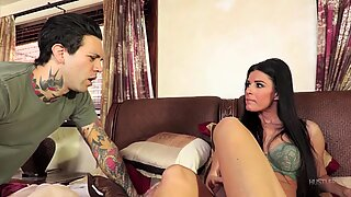 Cuckold Husband Likes To Watch - India Summer