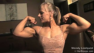 Wendy Lindquist biceps flexing