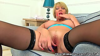 brit cougar Amy fulfills her babe pot's cravings