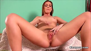 Solo Mischelle Fingering Her Hairy Pussy