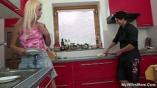 Yound dude fucking blonde motherinlaw at kitchen