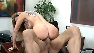 Dirty milf Dyanna Lauren in sexy stockings ride cock on the office table