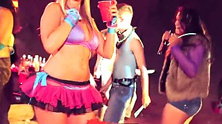 Digital Playground - Best rave party ever!