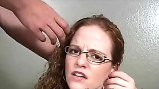 Real-life amateur girl Roxanna gets the proper cock initiation for a facial