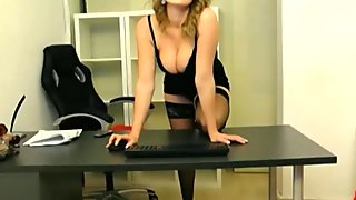 Webcam Softcore Secretary Teases
