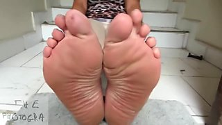 MILF Soles That Make You Cum Over and Over Again XD