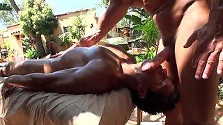 Oily Massage Outdoor