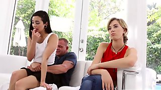 Malina Mars seduces her stepfather