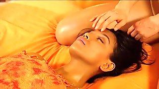 Lesbian Touch Massage Begin