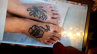 Creaming Rachel Grace Hartleys toes of Leeds