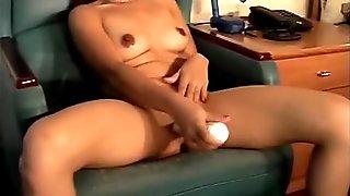 Asian Hottie Fucks Her Pussy