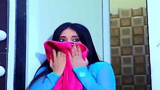 Indianki najgorętsza dziewczyna po kąpieli rucha się ze swoim chłopaki