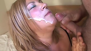 Big mama getting a face full of cum